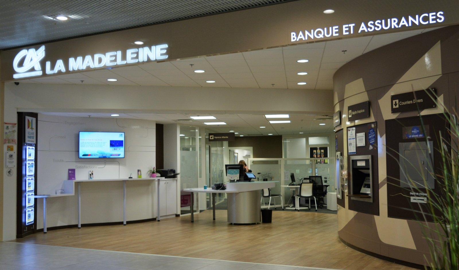 Borne De Recharge >> Credit agricole | Centre commercial La Madeleine