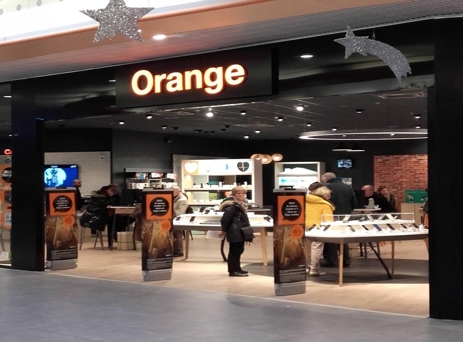 orange centre commercial la madeleine. Black Bedroom Furniture Sets. Home Design Ideas